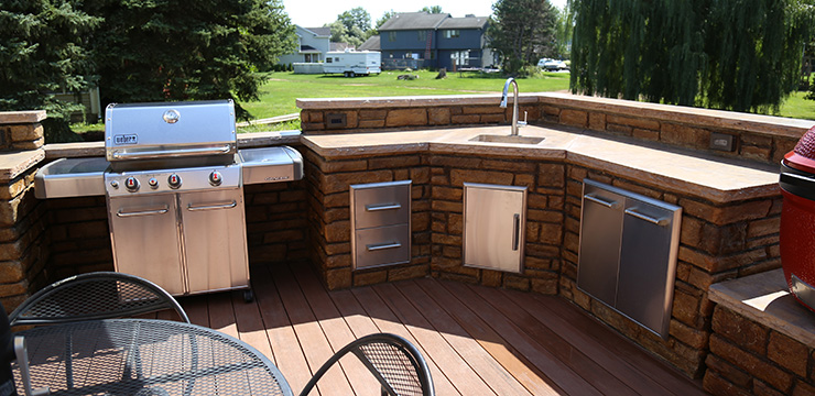 Custom Outdoor Kitchens, BBQ Islands, & designs around Victor ...